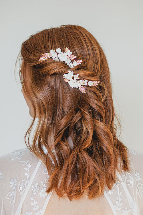 IVORY FLORAL HAIR PINS